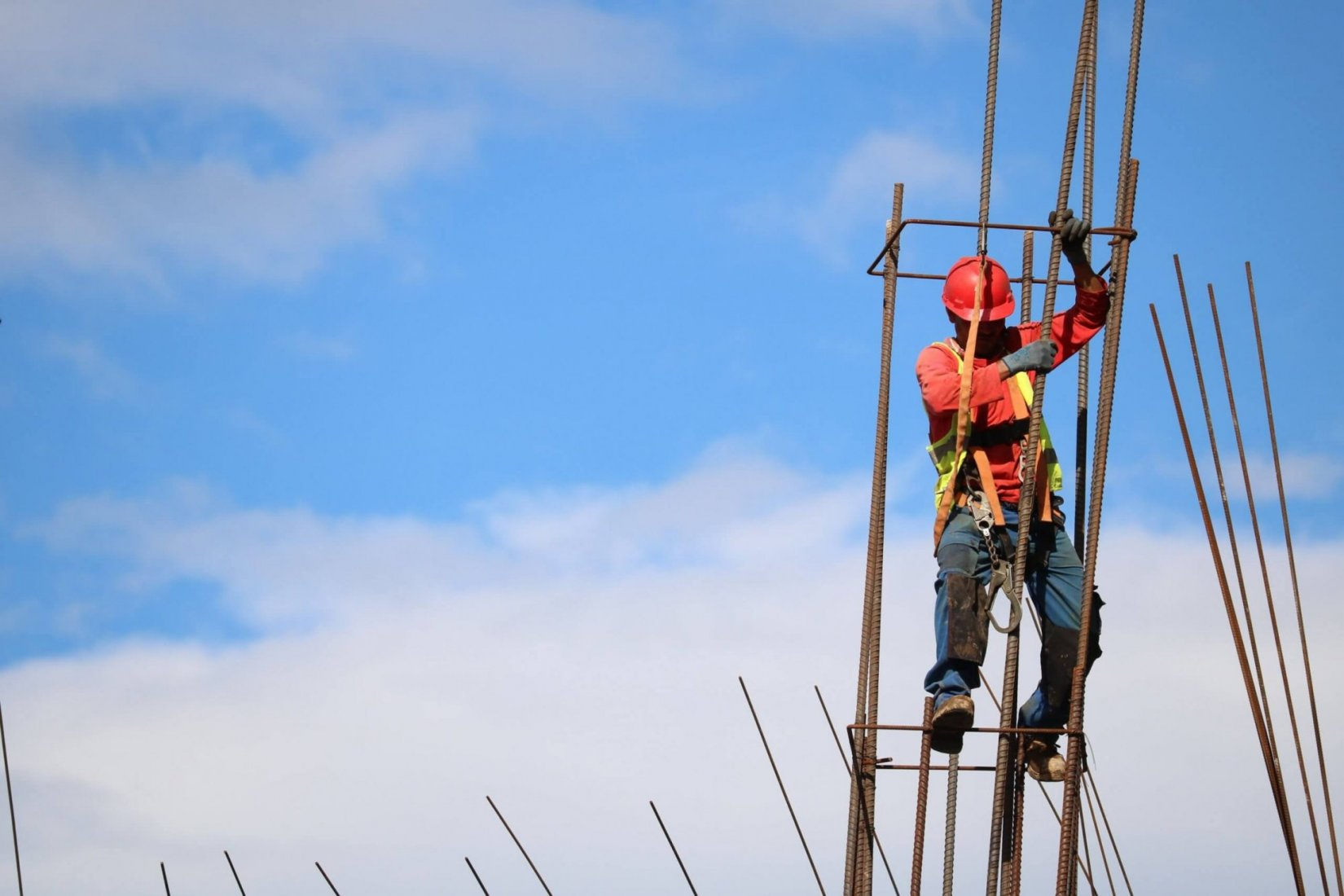 Construction worker at risk for fall injuries